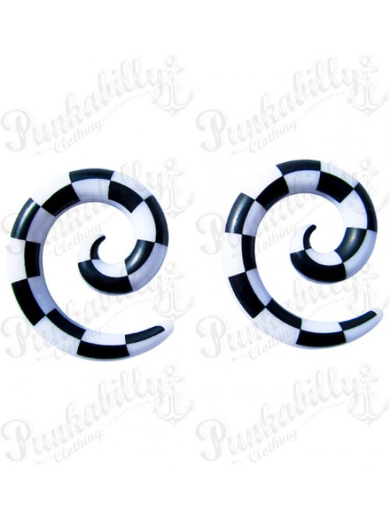 White & Black Checked Spiral Taper